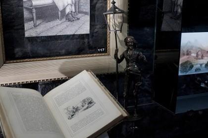Литературная экспозиция в музее Достоевского в СПб