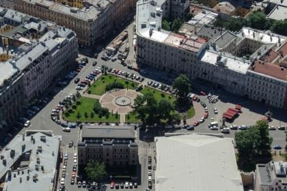 Манежная площадь Санкт-Петербурга