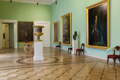 Интерьер Михайловского замка в СПб