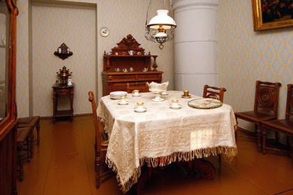 Столовая в мемориальной квартире-музее Достоевского в СПб