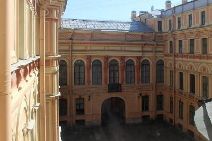 Внутренний двор особняка Румянцева в СПб