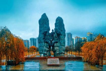 Мемориал воинам-афганцам в парке интернационалистов в СПб