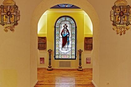 Раздел постоянной экспозиции «Русское православие» в музее Религии