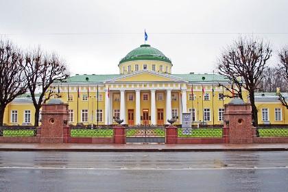Таврический дворец в СПб