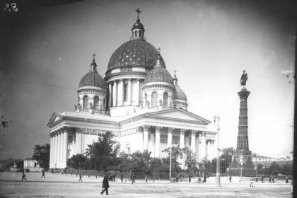 Троице-Измайловский собор в конце XIX века в СПб