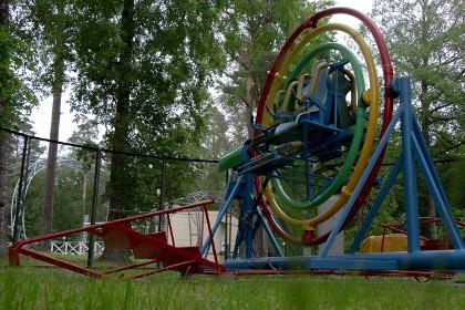 Аттракционы в зеленогорском парке культуры и отдыха в Ленобласти