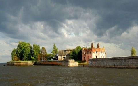 Парк «Остров фортов» в Кронштадте